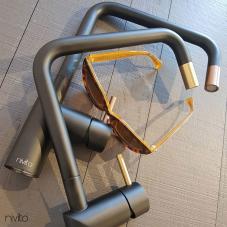נחושת ברז מטבח שחור/נחושת - Nivito 1-RH-350-BISTRO